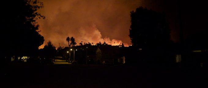 Thomas Fire Flames above Aroyyo Verde Park in Ventura
